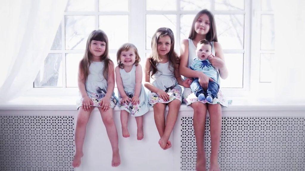 5 девочек