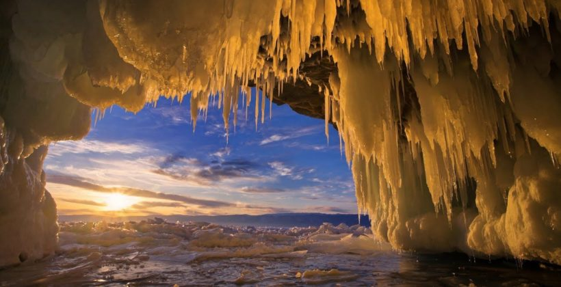 Байкал Зимой: Ледяные красоты зимнего Байкала